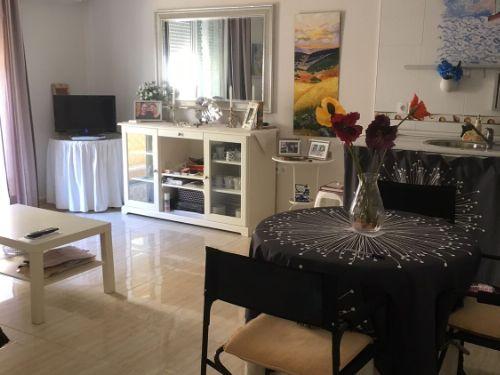 Bonito apartamento con garaje en Híjar