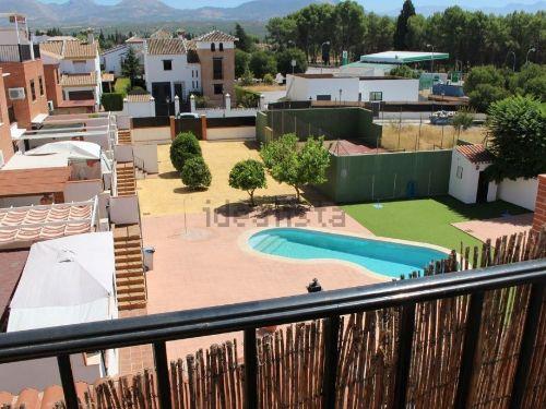 Preciosa casa en urbanización privada