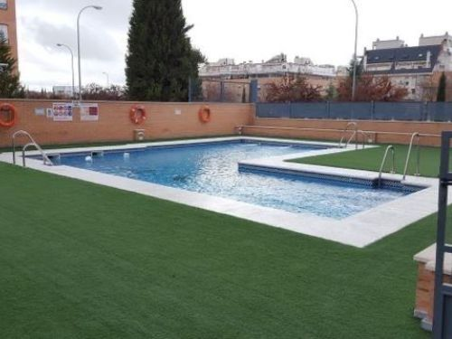 Piso en urbanización privada en Granada