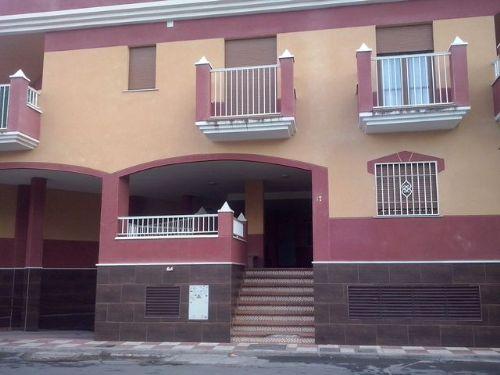 Piso con terraza grande Churriana de la Vega