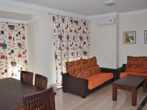 Gran piso señorial en el centro de Granada