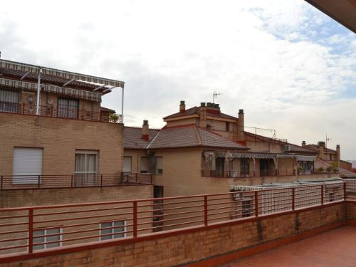 Precioso piso con terraza en Pulianas