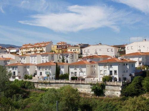 Adosada en zona residencial de Gójar