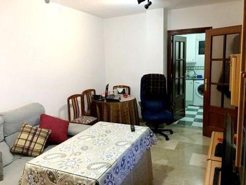 Ideal piso para 1 persona en Alhamar