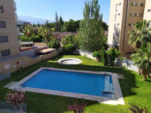 Piso sin amueblar en el centro de Granada