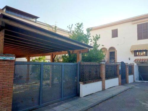 Maravillosa casa en el centro de Ogíjares