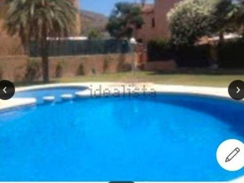Chalet independiente con piscina en Armilla