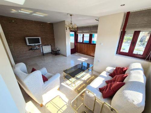 Maravilloso piso recién reacondicionado